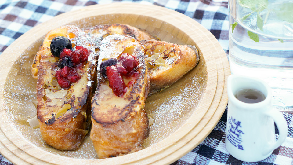 で フランス フレンチトースト パン 固いフランスパンがふんわりとろ~り! プロ顔負けの「フレンチトースト」を作るためのポイント5つ